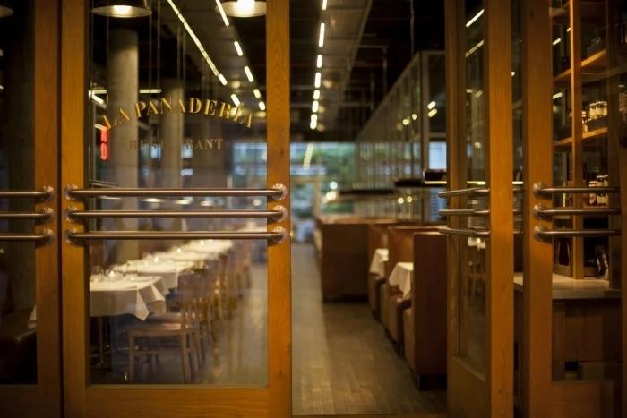 restaurante_la-panaderia-de-pablo-massey_san-telmo_entrada