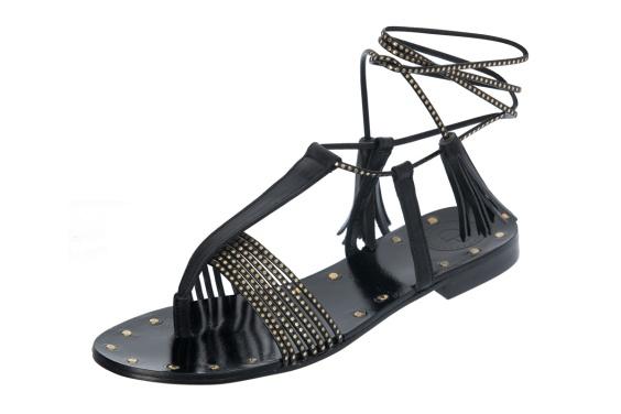 cinco_modelos_de_zapatos_sandalias_imprescindible_para_el_verano_2016_816841919_1200x