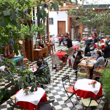cafe-de-la-candelaria-barrio-italia-santiago-chile-conde-nast-traveller-30oct14-facebook_810x540