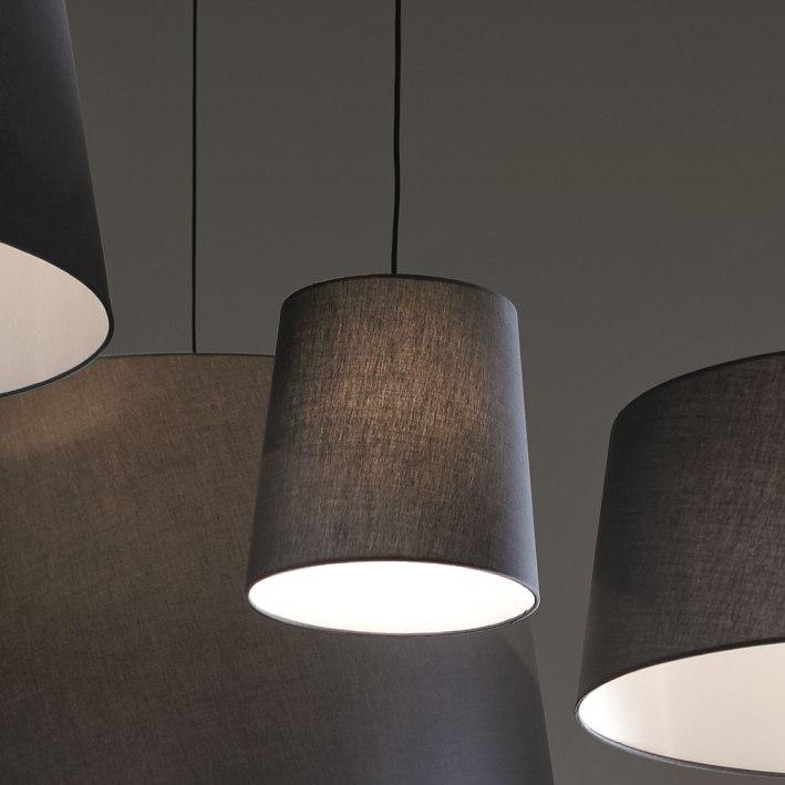 lampada_a_sospensione_design_coni_grigi_adriani_rossi