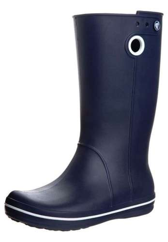 botas-azules-marineras-de-crocs